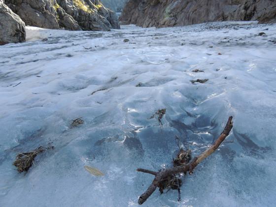 一般登山者も歩ける内蔵助氷河