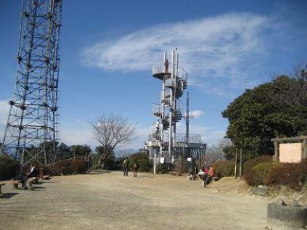 大楠山 - 三浦半島の最高峰。相...