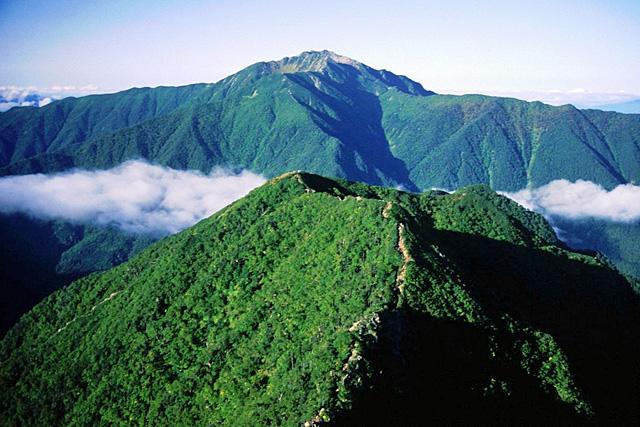 駒津峰 - こまつみね:標高2,752...