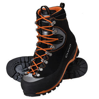 やっぱり最初から揃えるべき? 厳冬期用登山靴の素朴なギモン
