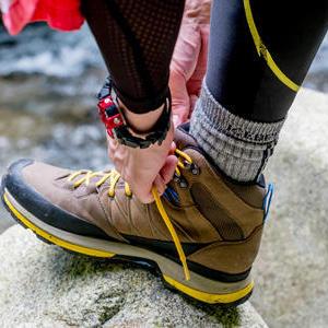 マメ・靴ずれはトコトン対策! 登山前・中に出来ること
